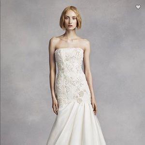 Vera Wang Mermaid Wedding Dress (Ivory)